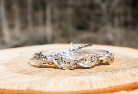 Silver Bangle, Leaf Bracelet, Name Bracelet, Mother Bracelet, Personalized Bracelet, Back to Family Bracelet, Tree of Life Bracelet