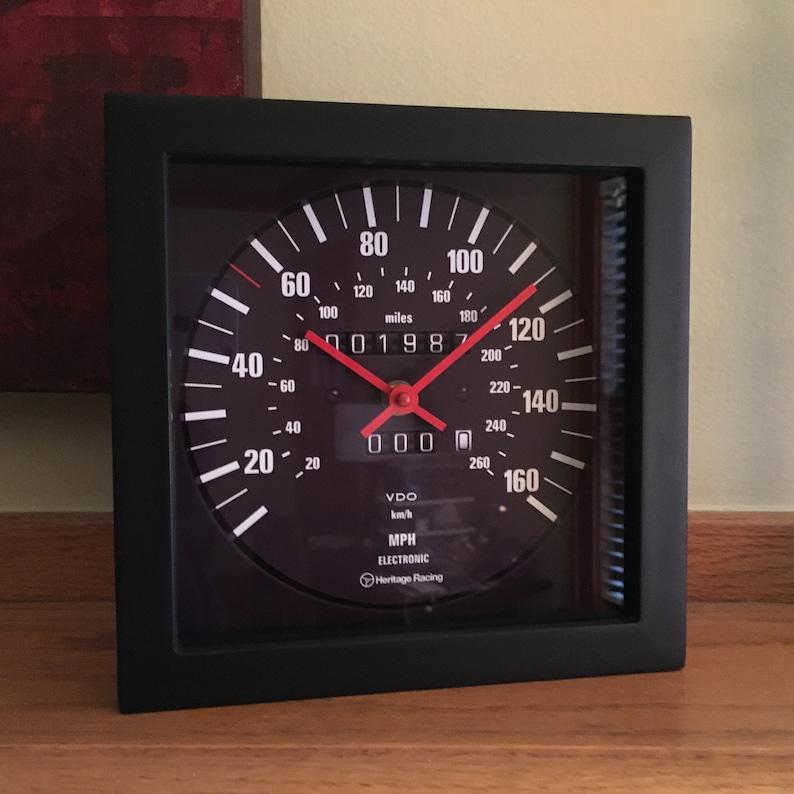 BMW E30 M3 Speedometer Wall/Shelf Clock image 0