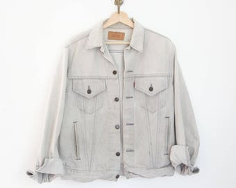 vintage men's Levi's jean jacket