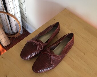 vintage women's Brazilian woven leather flat 8