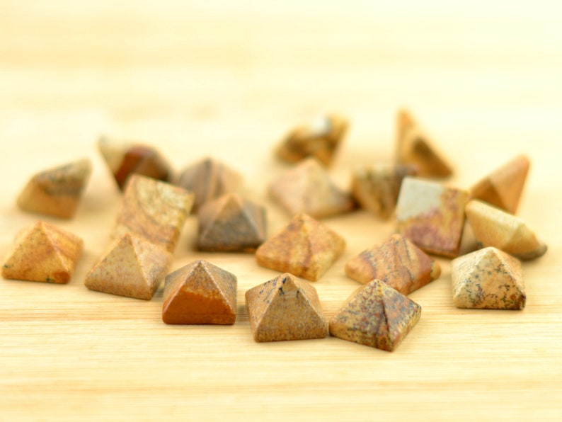 Picture Jasper Pyramid Cabochons Natural Brown Stones Ring Cab Gemstone Polished Small Loose Stones 14mm Square Base 10mm High
