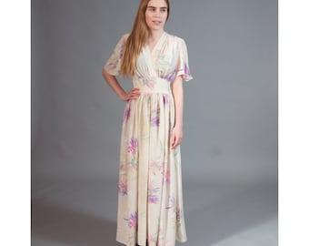 SALE  Vintage ladies summer dress