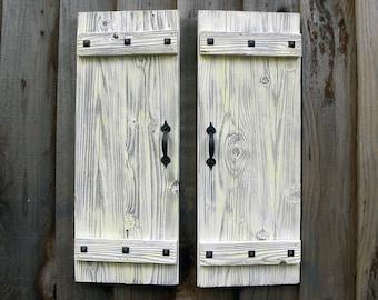 Rustic Shutters in Antique White. Set of 2. Door Shutters.  White Shutters Wall Decor. Rustic Doors. Farmhouse Shutters. Rustic Decor. L