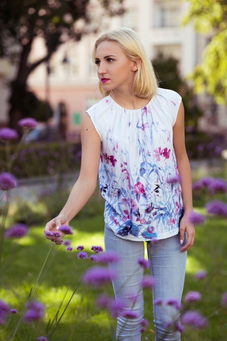 SALE Beautiful blouse  flowers mood image 0