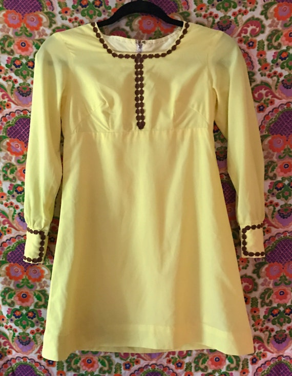 1970s Vintage Flower Child Dress - Petite