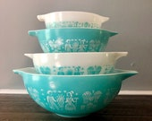 Beautiful Complete Set Of Vintage Pyrex Amish butterprint Bowls, Nesting Bowls, Turquoise and White, NJ Estate.