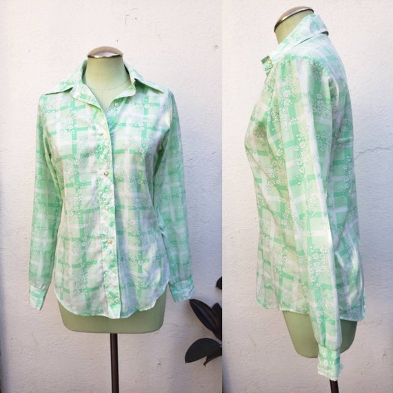 Vintage 1970s Green Floral Blouse Small