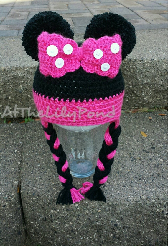 Minnie Mouse Hat, Minnie Mouse Birthday Party, Minnie Mouse bowtique,  Girl's crochet hat, Girls winter hat, Christmas gift, Mickey Mouse