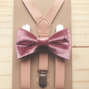 92d2675a14c2 Dusty Rose Groomsmen outfits Blush pink Bow tie Suspenders set for  Groomsmen Rustic wedding outfits for ring bearer baby outfit