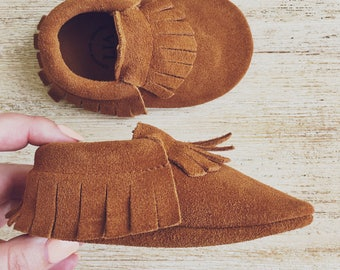 Leather Toddler Moccs Brown Baby Moccasins Brown Suede Baby Moccasins Leather Toddler Moccasins Baby Shoes Moccs Baby Moccs Moccasins