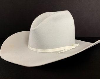 810f4b18a7d44d Vintage SMITHBILT Cowboy Hat ~ size 7 ~ Gus / Tom Mix ~ Wide Brim ~ Ranch  Wear ~ Silverbelly ~