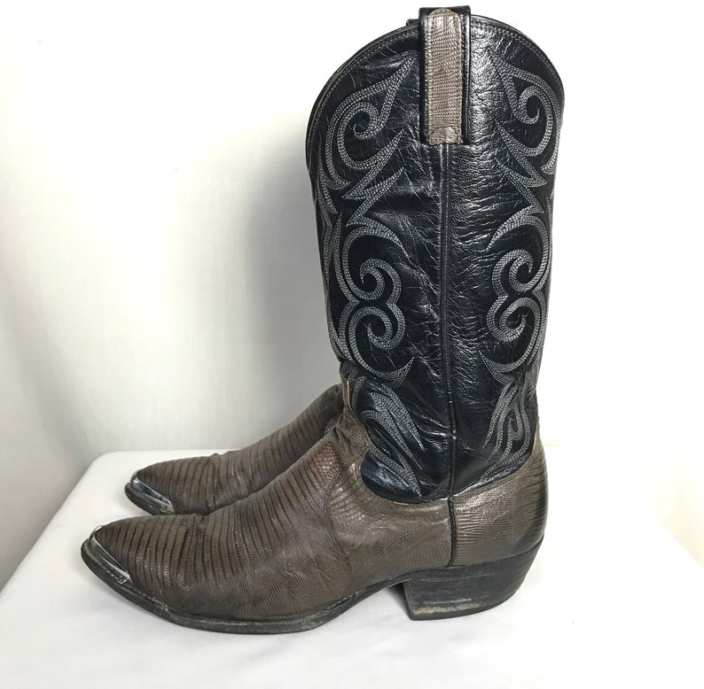 c8ebf013ed1 Vintage DAN POST Lizard Skin Cowboy Boots ~ 10 1/2 D ~ Western ~ 2-Tone ~  Toe Tips