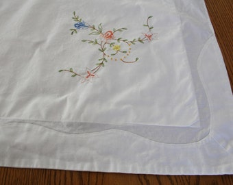 Pillow Sham White Embroidered, UNUSED Vintage, Cotton fabric, Floral /Flowers, Pillow Case, Shabby Chic, Cottage Charm, Shabby French
