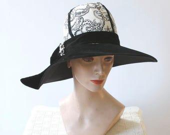 099087295137e vintage 1960s hat    1960s wide brim hat    vintage 60s black velvet hat     black and white large hat    print fabric hat with velvet brim