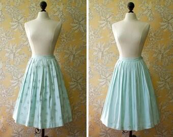 vintage 1960s skirt <> 1960s reversible skirt flower print and stripes <> 60s cotton full skirt