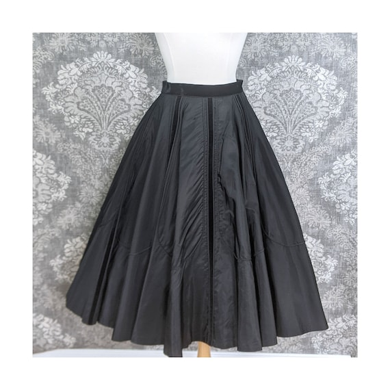 vintage AS IS 1950s black circle skirt