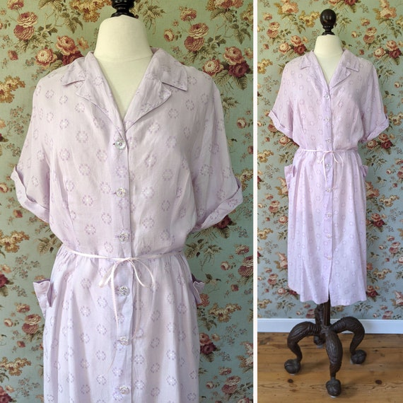 vintage 1950s soft lavender cotton large size day