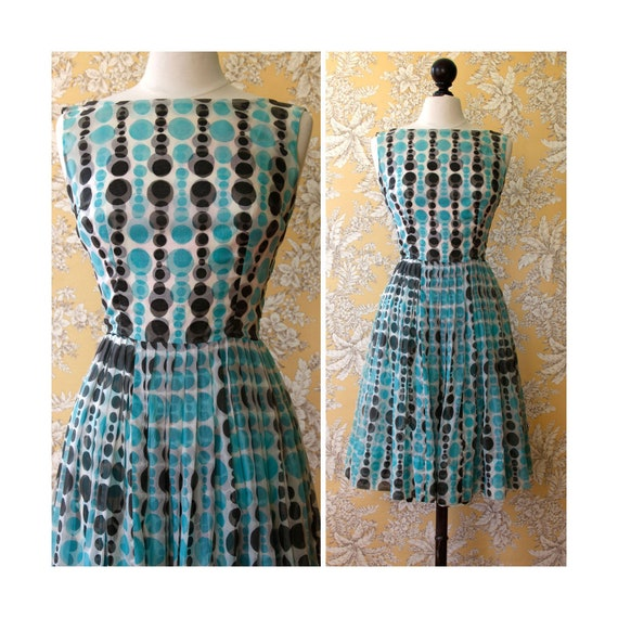 vintage early 1960s dress <> 1960s white with blac