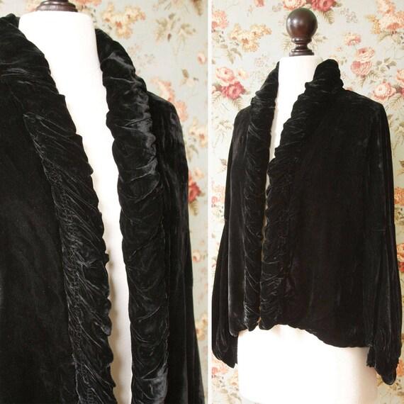 vintage 1930s velvet jacket <> 1930s black velvet