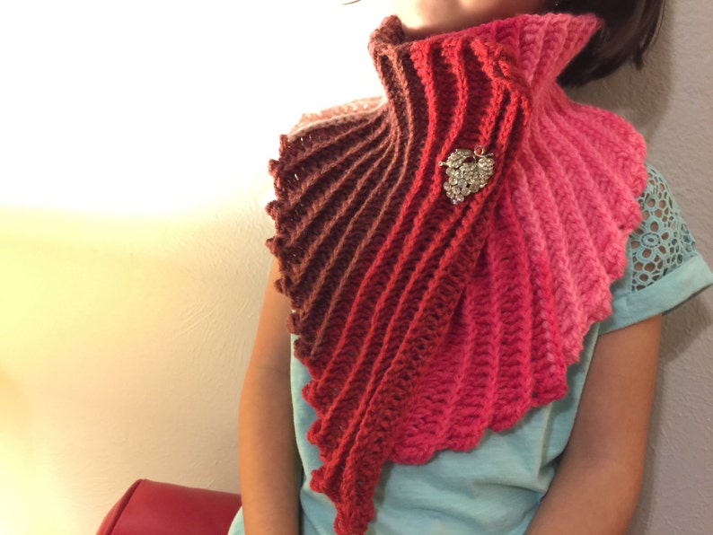 Sweet Heart Mermaid Tail Scarf Pattern. A 2-ways scarf  Sweet image 0