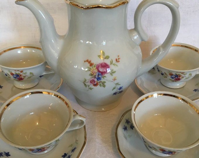 Favolina Demitasse Set - Coffee Pot With Five Cups And Saucers