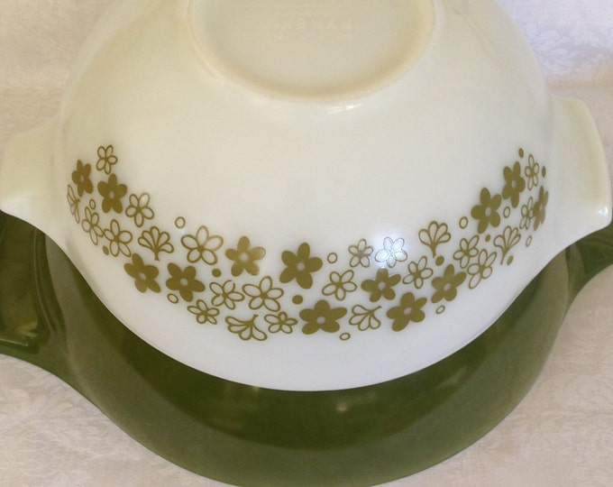 Set/3 Pyrex Mixing Bowls Avocado Green and Crazy Daisies 4 Qt, 2.5 Qt, 1.5 Qt
