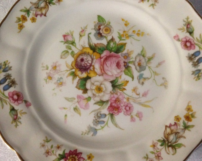 Set/8 Marlborough Royal Petal Dessert Plates Grindley England