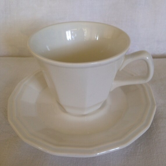 Set/4 Homer Laughlin Colonial White Cup & Saucers