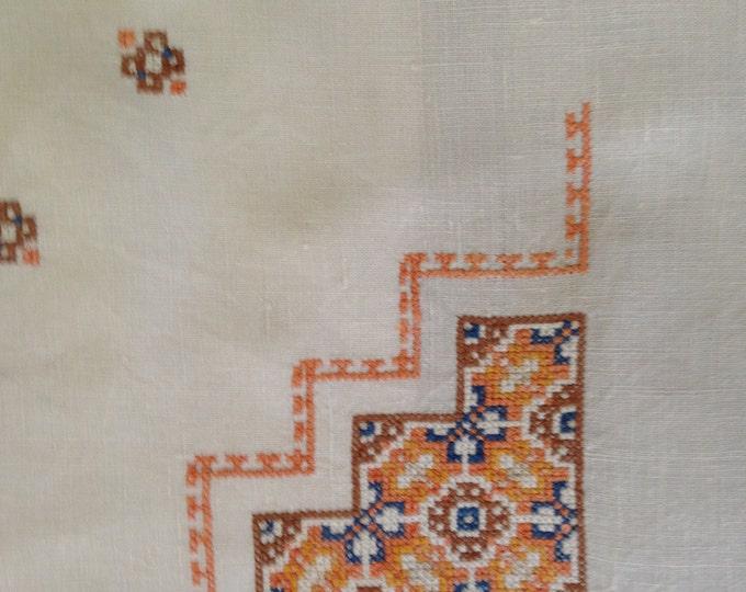 Vintage Cross Stitched Tablecloth & Napkin Set/6