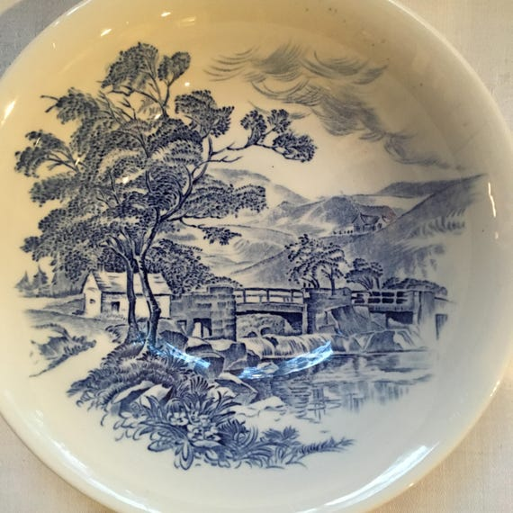 Set/2 Wedgwood Countryside Pattern Blue Transferware Bowls Made in England