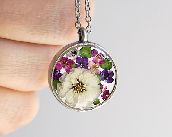 Small Botanical necklace with Real dried flowers and green leaves. Alyssum and Achillea ptarmica.