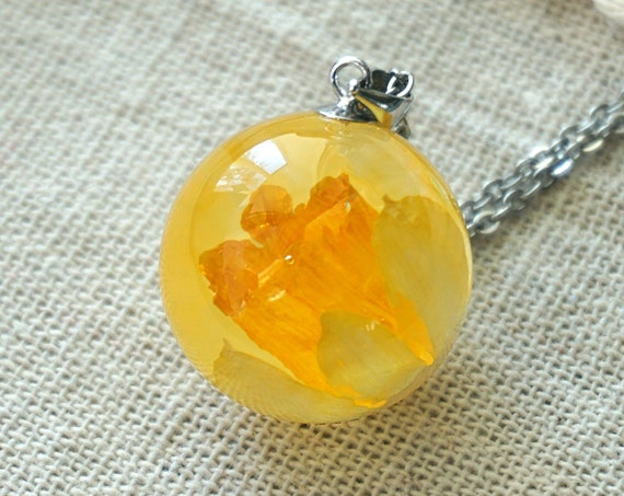 Real Daffodil flower Necklace. Small Resin Sphere Botanical Pendant.