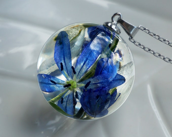 Botanical necklace with Real Muscari, Scilla and Snowdrops flowers. Resin sphere Bouquet Pendant with dried spring flowers.
