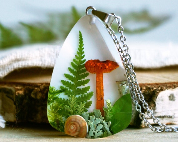Real mushroom pendant. Forest necklace with real mushroom, fern, lichen and heather and green leaves.