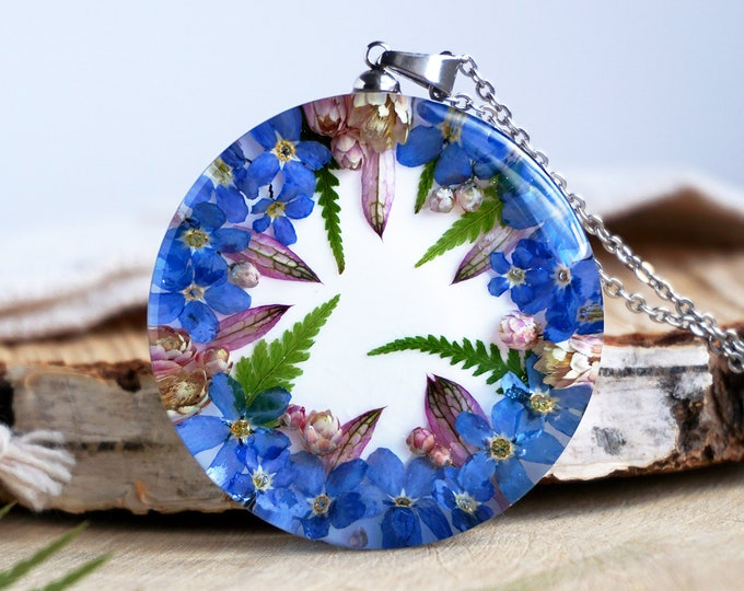 Botanical Necklace with Real Blue Forget me not flowers, ozothamnus and Fern. Resin Pendant with Real flower necklace. Forget me not jewelry