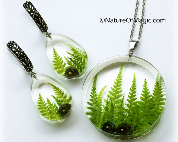 Botanical Jewelry SET with genuine branches of Fern and snail shells. Transparent Resin Pendant & earrings.