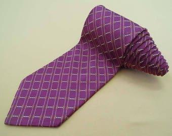 J Press Tie Prestige Woven Heavy Silk Geometric Diamond Pattern Red Vintage Designer Dress Necktie