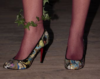 Comic Heels, Handmade with Mod Podge and Acrylic sealer, Comic Book, Cosplay, custom shoes, high heels, costume shoes, pumps