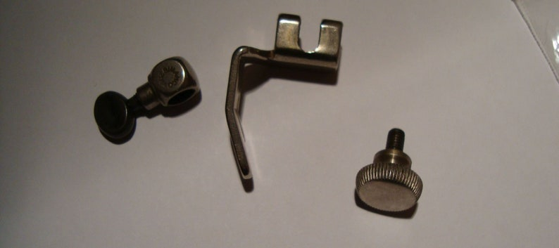 Singer Sewing Machine Standard Presser Foot /& Needle Clamp Simanco Part no 32665 and 2054  99k etc Vintage genuine sewing supply part 50s
