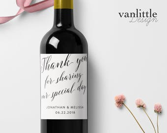 Custom Wedding Wine Labels, Personalized Label, Script Calligraphy, Wine Bottle Labels, Watercolor Flower Wreath, Ship from the U.S., WL11