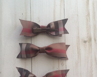 923dfecdc799 ... shopping authentic burberry fabric bows brown plaid ribbons clip on  bows hair ties hair bows bow ...
