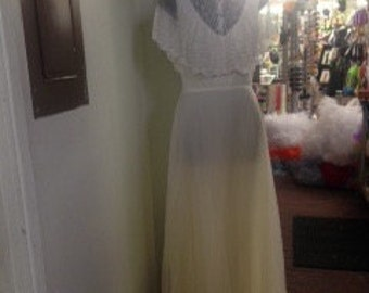 1970's White vintage Bridal dress