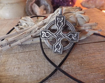 Celtic Cross Pendant   Celtic Jewelry