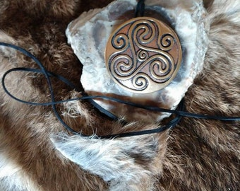 CRAIGH - large bronze Celtic Triskele