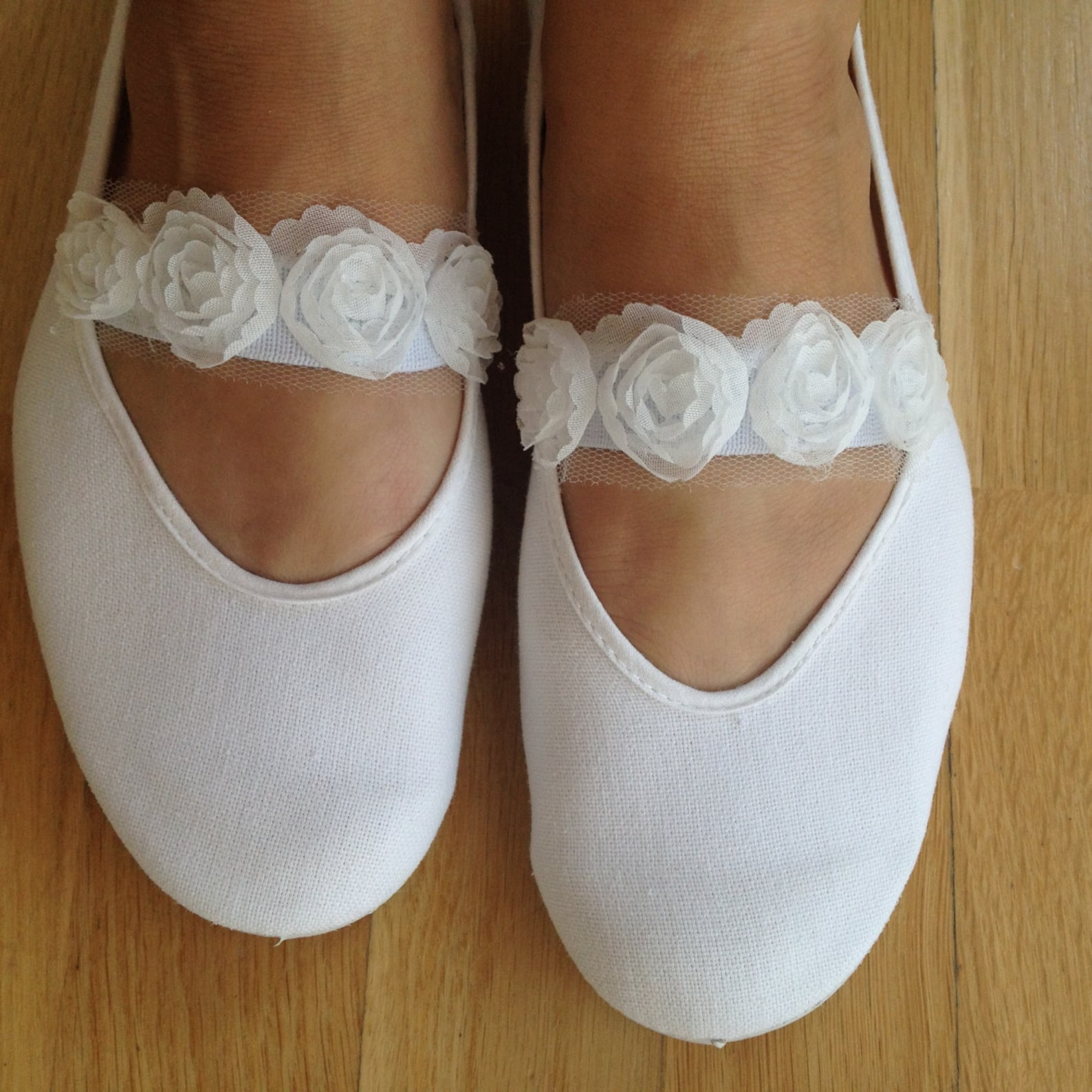 wedding shoes,wedding flats,girls shoes,mary jane shoes,bridal flats,wedding ballet flats,bridal shoes,summer dress shoes,flower