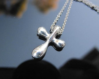77f223df4 Elsa Peretti Tiffany Co Sterling Silver Infinity Cross Pendant Necklace