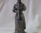 People of Colonial America 1974 Butter Churner Franklin Mint Pewter Figurine