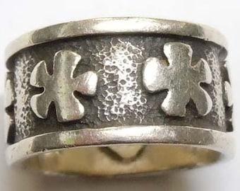 Vintage Flower Power Hand Hammered Sterling silver Ring