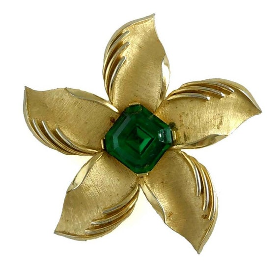Vintage Trifari Flower Brooch Pin Satin Finish Flo