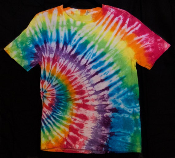 Tie dye T Shirt Green and Grey  spiral Hand dyed in the UK all sizes
